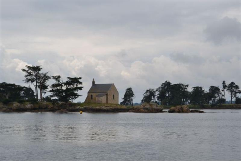 Small islands in the Gulf of Morbihan - photo © SV Red Roo