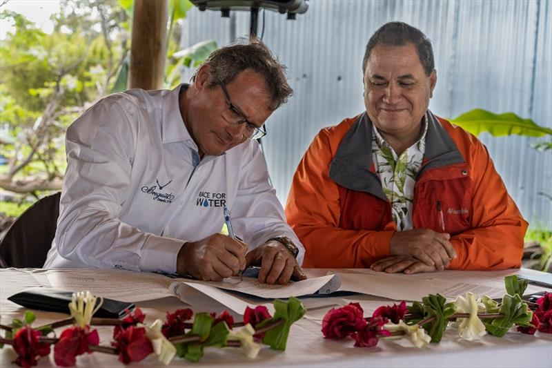 Rapa Nui and Race for Water sign a draft agreement - photo © Race For Water