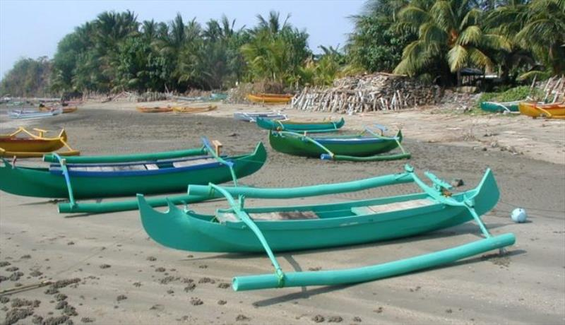 Kangean Island fishing outriggers - photo © Hugh & Heather Bacon