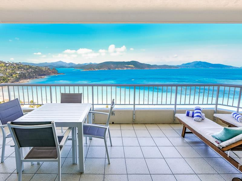 Whitsunday Apartment W1302 - photo © Whitsunday Holidays